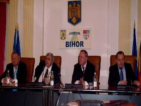 S-au aliat impotriva PDL: USL si UDMR Bihor vor colabora in intreg judetul