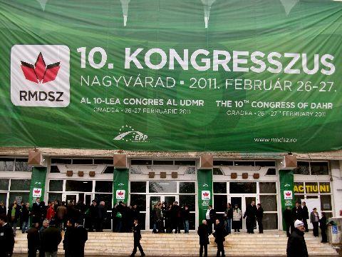 Boc, Blaga, Ponta, Antonescu, Constantin prezenti la Congresul UDMR. Basescu l-a trimis pe Avramescu - FOTO