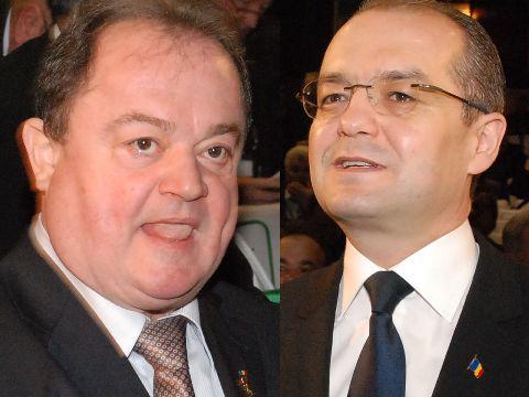Incepe show-ul in PDL: Vasile Blaga vs Emil Boc