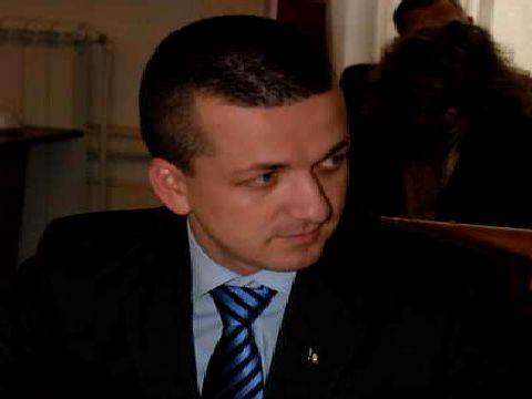 Scandalul studentesc il provoaca pe liderul tineretului liberal bihorean, Florin Birta